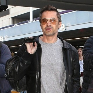 Olivier Martinez in Olivier Martinez Arriving at Los Angeles International Airport