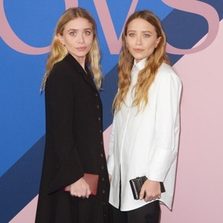 Ashley Olsen, Mary-Kate Olsen in 2017 CFDA Awards - Red Carpet Arrivals