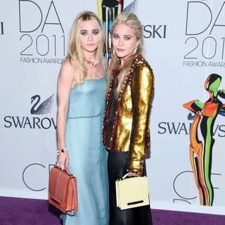 Ashley Olsen, Mary-Kate Olsen in The 2011 CFDA Fashion Awards