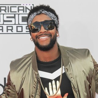 Omarion in 2014 American Music Awards - Arrivals