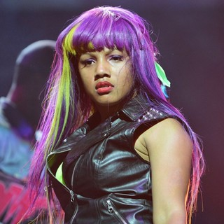 Zonnique Pullins, OMG Girlz in OMG Girlz Perform Scream Tour with The Next Generation Pt. 2