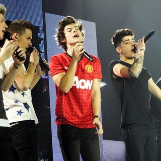 One Direction Performs Live