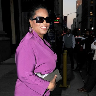 Oprah Winfrey Leaving ABC Kitchen Restaurant - oprah-winfrey-leaving-abc-kitchen-restaurant-04