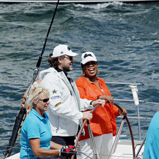 Oprah Winfrey, Russell Crowe in Oprah Winfrey Skippers A Yacht with Russell Crowe on Sydney Harbour
