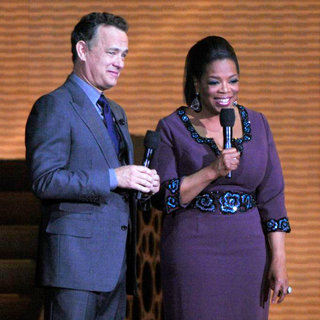 Oprah Winfrey, Tom Hanks in Oprah Winfrey and Tom Hanks Surprise Oprah A Farewell Spectacular