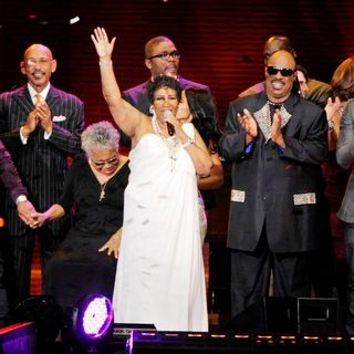 Aretha Franklin, Stevie Wonder in Aretha Franklin and Stevie Wonder During Surprise Oprah A Farewell Spectacular