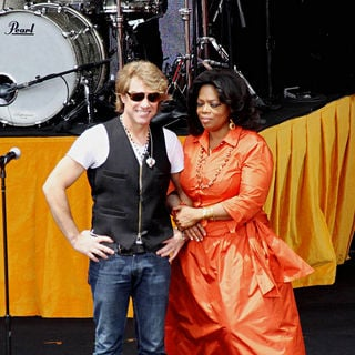 Jon Bon Jovi, Oprah Winfrey in On Stage of 'Ultimate Australian Adventure' Show