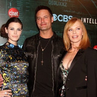 Meghan Ory, Josh Holloway, Marg Helgenberger in Intelligence Premiere