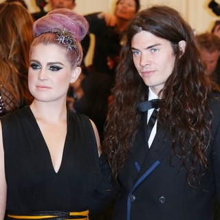 Kelly Osbourne, Matthew Mosshart in PUNK: Chaos to Couture Costume Institute Gala
