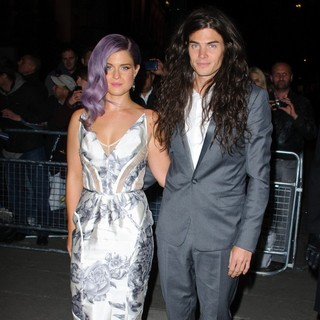 Kelly Osbourne, Matthew Mosshart in Cosmopolitan Ultimate Women of The Year Awards - Arrivals