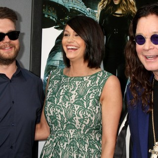 Jack Osbourne, Lisa Stelly, Ozzy Osbourne in Los Angeles Premiere of Total Recall
