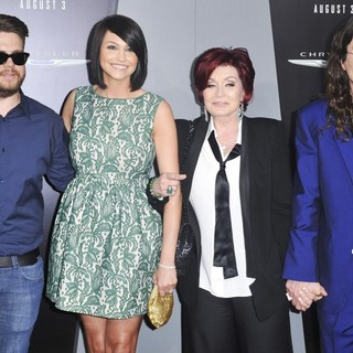 Jack Osbourne, Lisa Stelly, Sharon Osbourne, Ozzy Osbourne in Los Angeles Premiere of Total Recall