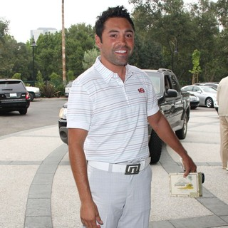Oscar De La Hoya in 10th Annual Celebrity Golf Classic