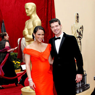 Paula Patton, Robin Thicke in The 82nd Annual Academy Awards (Oscars) - Arrivals