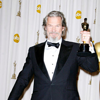 Jeff Bridges in The 82nd Annual Academy Awards (Oscars) - Press Room