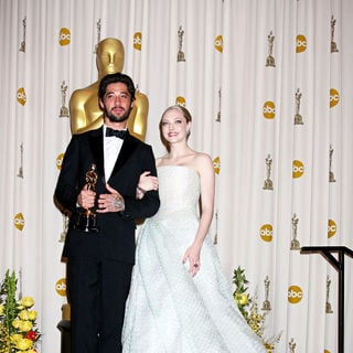 Ryan Bingham, Amanda Seyfried in The 82nd Annual Academy Awards (Oscars) - Press Room