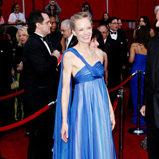 Suzy Amis in The 82nd Annual Academy Awards (Oscars) - Arrivals