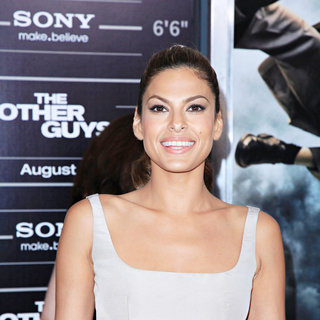 Eva Mendes in The NY Movie Premiere of 'The Other Guys'