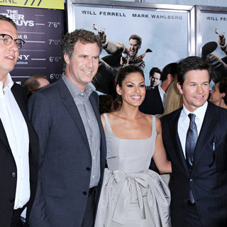 Adam McKay, Eva Mendes, Mark Wahlberg, Will Ferrell in The NY Movie Premiere of 'The Other Guys'