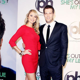 Stacy Keibler, Geoffrey Stults in The Las Vegas Premiere of 'She's Out of My League'