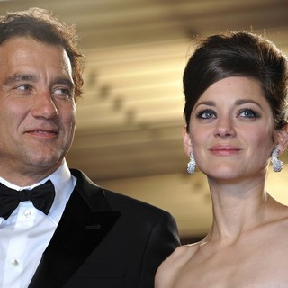 Clive Owen, Marion Cotillard in 66th Cannes Film Festival - Blood Ties Premiere