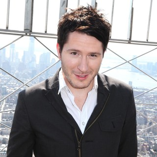 Owl City in Owl City Tours The Empire State Building's 86th Floor Observatory