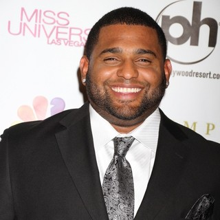 Pablo Sandoval in 2012 Miss Universe Pageant - Arrivals