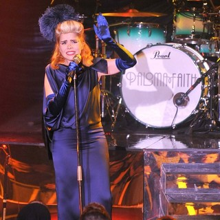 Paloma Faith in Paloma Faith Performing in Concert