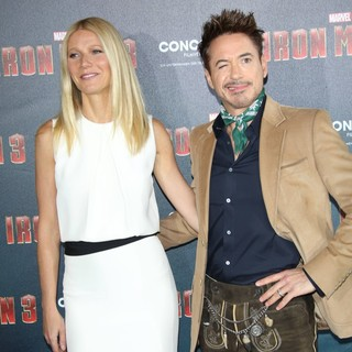 Gwyneth Paltrow, Robert Downey Jr. in Iron Man 3 Photocall
