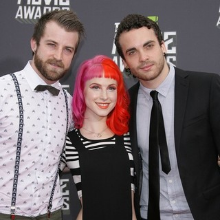 Paramore in 2013 MTV Movie Awards - Arrivals