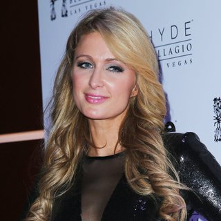 Paris Hilton in Paris Hilton Rings in 2014 with Special DJ Set