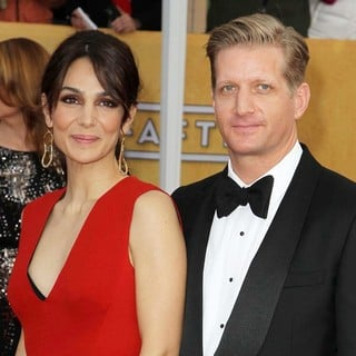 Annie Parisse, Paul Sparks in 19th Annual Screen Actors Guild Awards - Arrivals