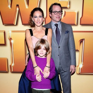 Sarah Jessica Parker, James Wilkie Broderick, Matthew Broderick in World Premiere of Tower Heist - Arrivals