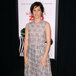 Parker Posey in New York Premiere of We Bought a Zoo - Arrivals