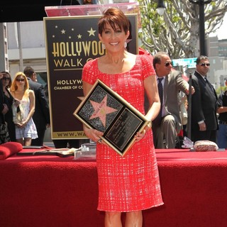 Patricia Heaton Is Honored with A Hollywood Walk of Fame Star - patricia-heaton-walk-of-fame-02