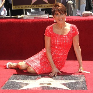Patricia Heaton Is Honored with A Hollywood Walk of Fame Star - patricia-heaton-walk-of-fame-05