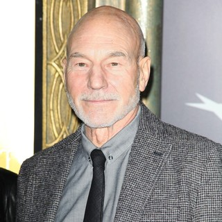 Patrick Stewart in Premiere of The Hobbit: An Unexpected Journey