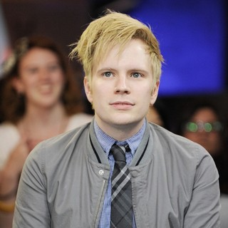 Patrick Stump Appearances on Much Music's New.Music.Live Promoting His Album Soul Punk - patrick-stump-promoting-soul-punk-02