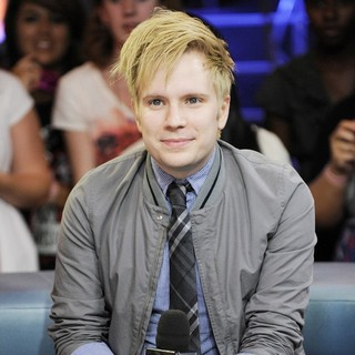 Patrick Stump Appearances on Much Music's New.Music.Live Promoting His Album Soul Punk - patrick-stump-promoting-soul-punk-04