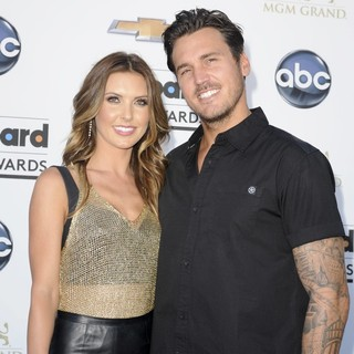 Audrina Patridge in 2013 Billboard Music Awards - Arrivals - patridge-bohan-2013-billboard-music-awards-01