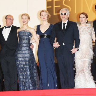 Robert Pattinson, Martin Katz, Sarah Gadon, Mia Wasikowska, David Cronenberg, Julianne Moore, John Cusack in The 67th Annual Cannes Film Festival - Maps to the Stars - Premiere Arrivals