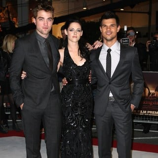 Robert Pattinson, Kristen Stewart, Taylor Lautner in The Twilight Saga's Breaking Dawn Part I UK Film Premiere - Arrivals