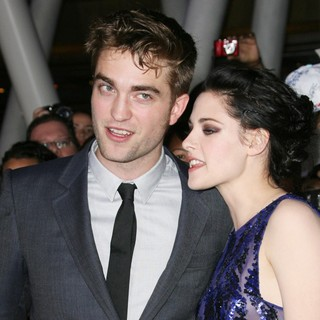 Robert Pattinson, Kristen Stewart in The Twilight Saga's Breaking Dawn Part I World Premiere