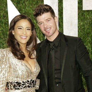 Paula Patton, Robin Thicke in 2013 Vanity Fair Oscar Party - Arrivals