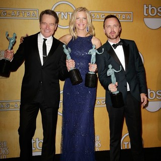 Bryan Cranston, Anna Gunn, Aaron Paul in The 20th Annual Screen Actors Guild Awards - Press Room