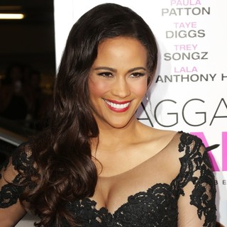 Paula Patton in Baggage Claim Premiere