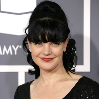 Pauley Perrette in 55th Annual GRAMMY Awards - Arrivals