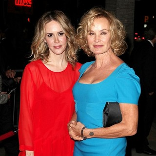Sarah Paulson, Jessica Lange in Premiere of FX's American Horror Story