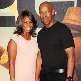 Pauletta Pearson, Denzel Washington in World Premiere of 2 Guns - Arrivals