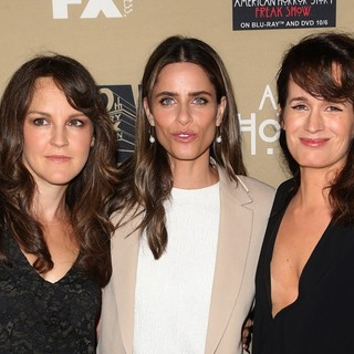 Amanda Peet, Elizabeth Reaser in Premiere Screening of FX's American Horror Story: Hotel - Arrivals